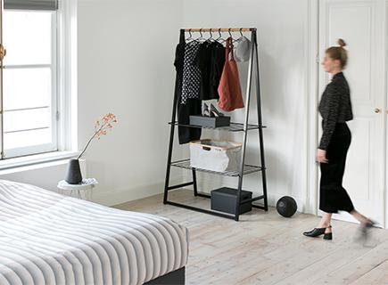 Tipps für einen top organisierten Kleiderschrank.