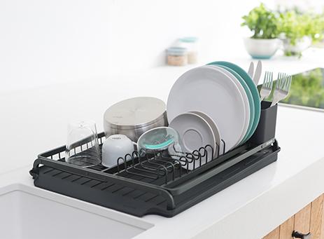 Dish drying rack & mat.